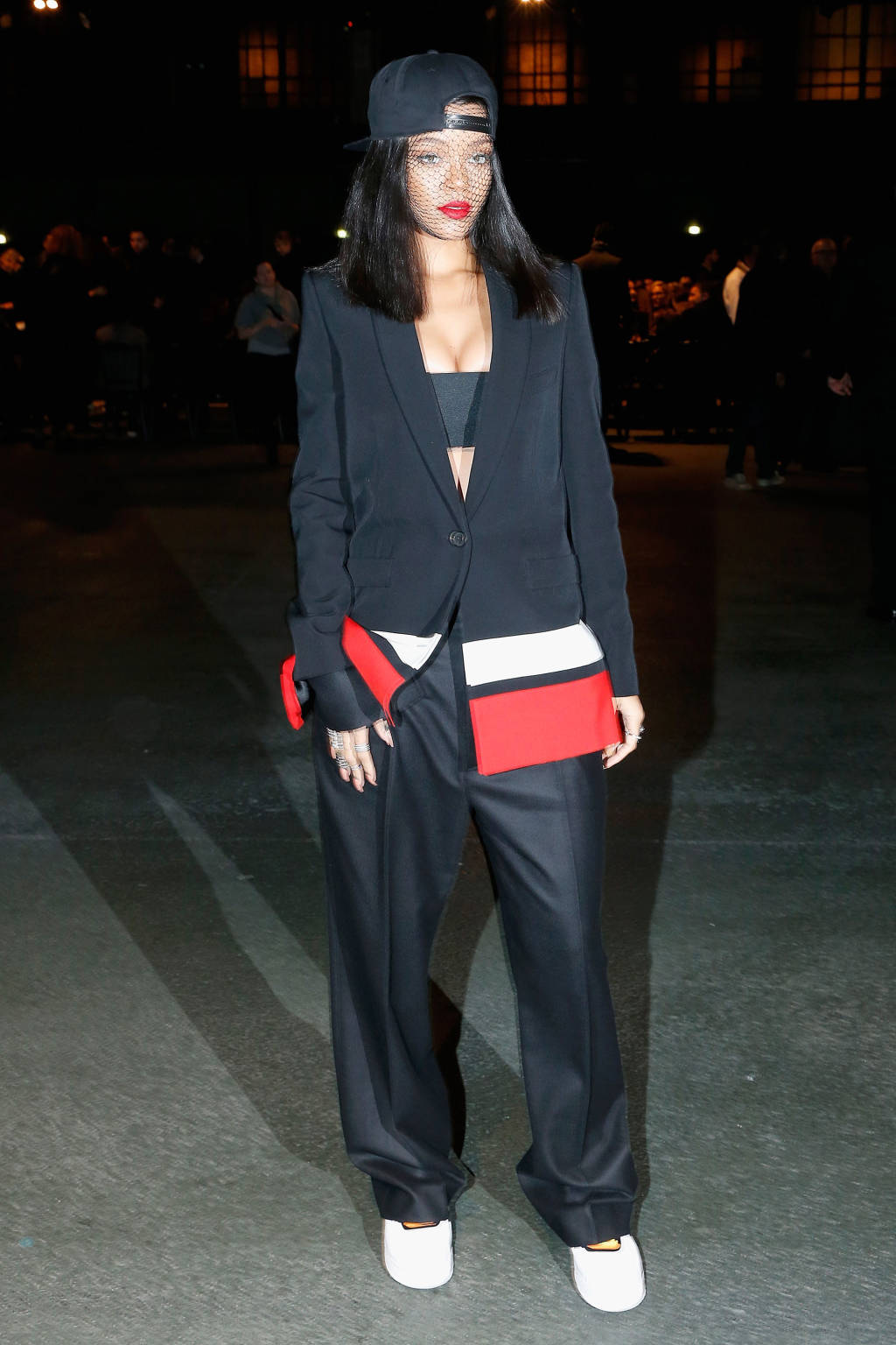 riri-paris-givenchy